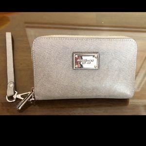 Michael Kors gray wallet wristlet